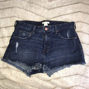 H&M jean shorts. Size 8 but fits likes a 4!